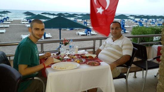 Adora Golf Resort Hotel: Türk alacart