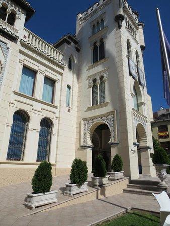Hotel Kazar: Hotel exterior