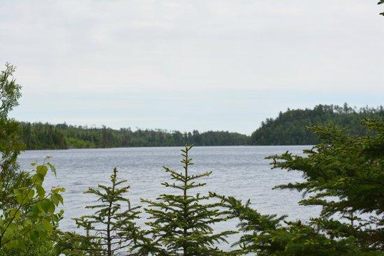 Golden Eagle Lodge: lake
