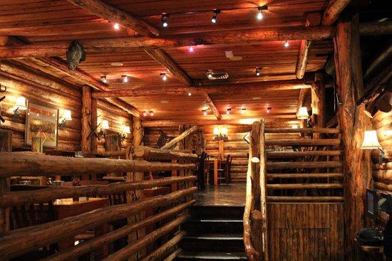 Gun Barrel Steak & Game House: Inside View