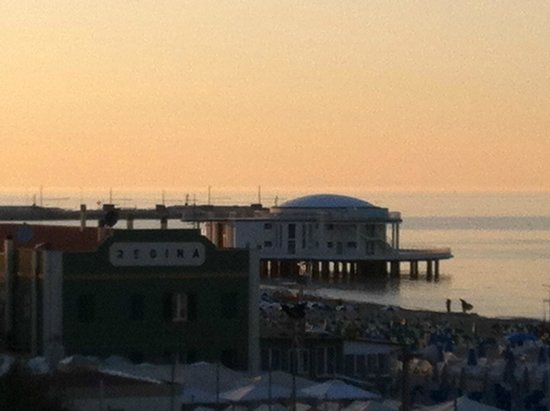 Hotel Senigallia: Vista dalla camera