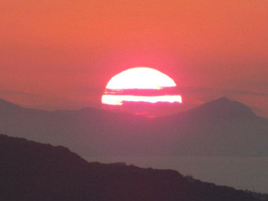 Iliada Hotel : Sunset