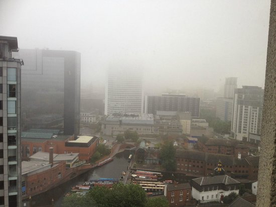 Jurys Inn Birmingham : Early morning view from 16th floor