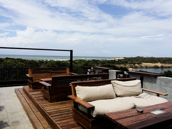 Cinnamon Wild Yala : The Roof top with a view of the Sea