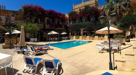 Cornucopia Hotel: Cornucopia Pool 1