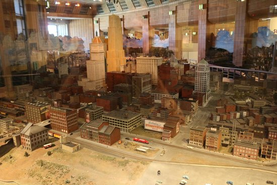 Model picture of cincinnati museum center cincinnati Museums in cincinnati ohio