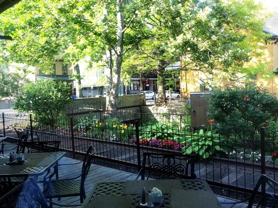 Lambertville Station Restaurant : Looking out toward the canal