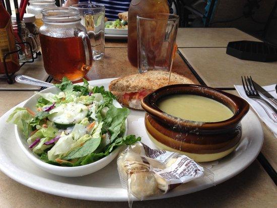Egg Harbor Cafe : Door County Melt, salad & asparagus soup