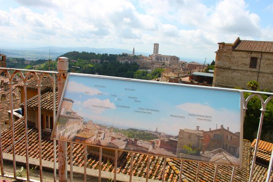 Dalla terrazza - Foto di Casa Museo di Palazzo Sorbello, Perugia ...