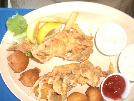 Phillippi Creek Village Restaurant & Oyster Bar : Soft shell crabs sauteed
