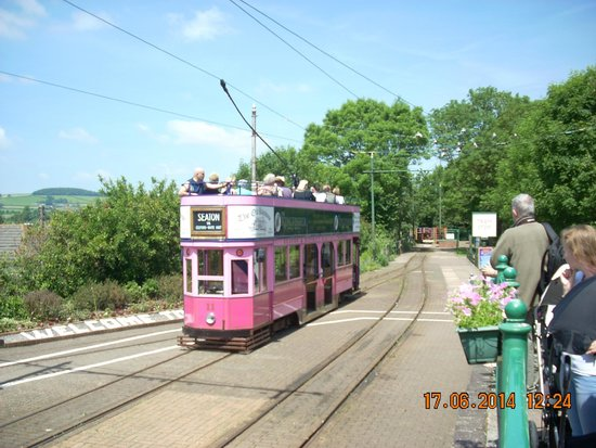 Seaton Tramway: Tram at Colyton