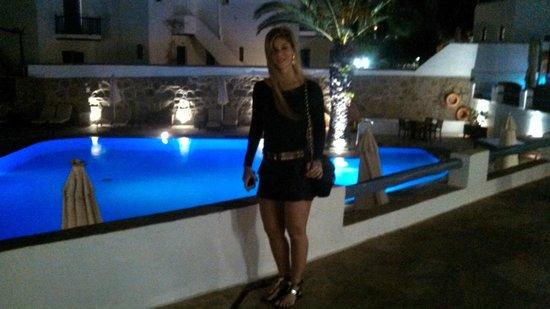 Poseidon Hotel - Suites: Área da piscina