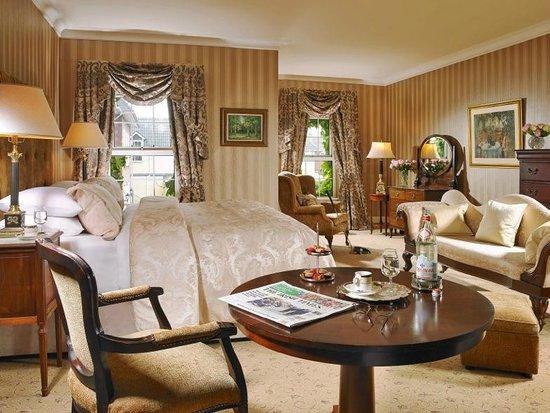 Hayfield Manor Hotel : Deluxe Bedroom