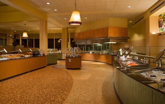 Solaris : Open daily for breakfast and lunch.