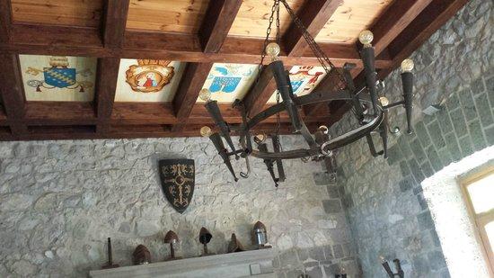 Tenuta Montecorbo: particolare soffitto sala delle armi