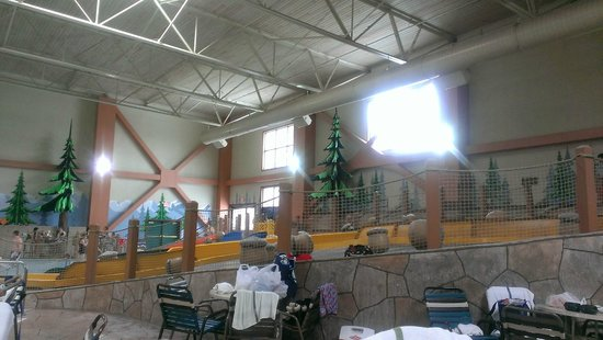Great Wolf Lodge: Younger kid's slides