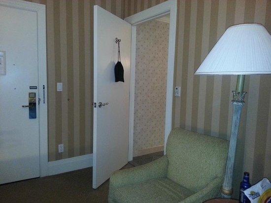 Hotel Monteleone: Bedroom