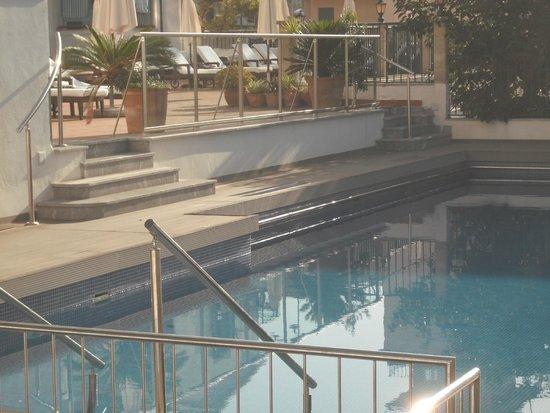 Hotel Marina: zwembad