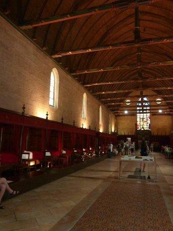 Musée de l'Hôtel-Dieu : Interior de Hotel Dieu. Era un hospital para pobres.