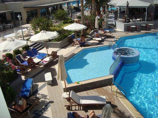 SENTIDO Pearl Beach : Good swiming pool