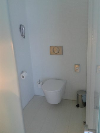 Hotel Porta Fira: lavabo