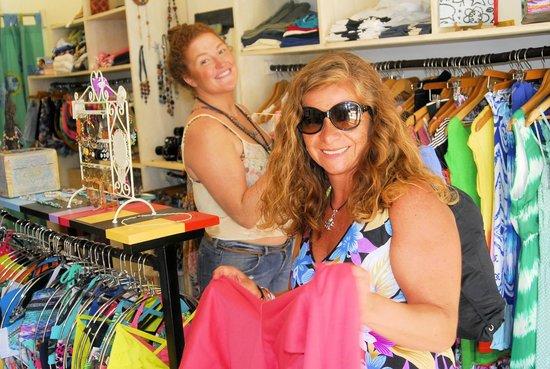Flamingo Beach Resort & Spa: Brasilito Beach Shopping