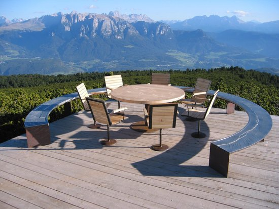 Renon, Italy: Panoramaweg Runder Tisch