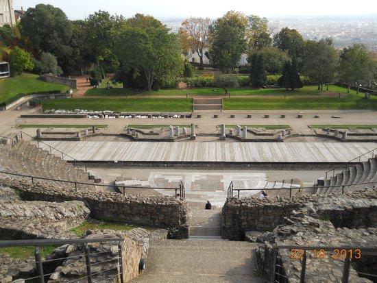 Theatres Romains de Fourviere: Dall alto delle gradinate