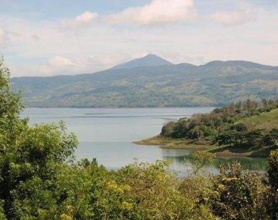Hotel Lago Arenal & Microcervecería: Lake Arenal view