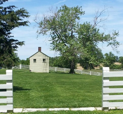 Shaker Village of Pleasant Hill: One of the many great views at Shakertown.
