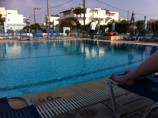 Stergia Apartments : Pool at Stergia 2