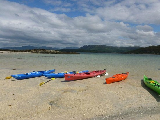 Rockhopper Sea Kayaking - Day Tours: One of the deserted islands for a lunch break!