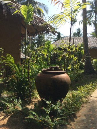 Ban Sainai Resort : Another thoughtful touch to wash dusty feet