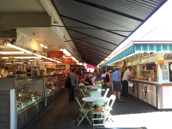 The Original Farmers Market : part of the food outlets