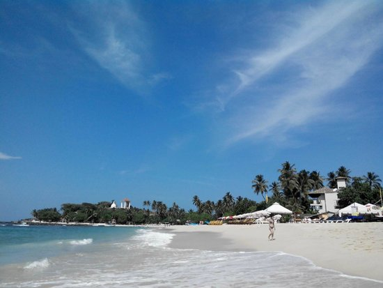 The Long Beach Resort & Spa: Пляж Унаватуна