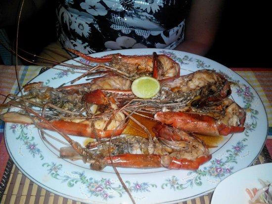 The Long Beach Resort & Spa: В кафешке Koggala fishmen seafood