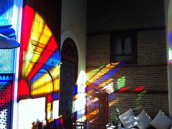 Ryad Salama Fes: Cathedral windows