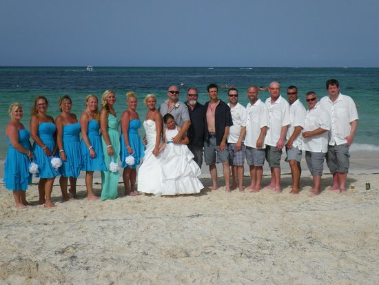 Now Larimar Punta Cana : the wedding party
