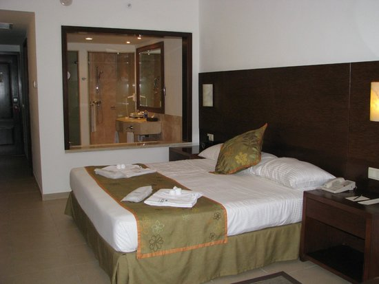 Now Larimar Punta Cana : Our room