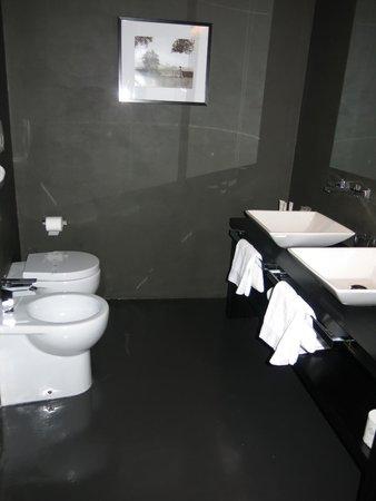 Campo Marzio Luxury Suites: Bathroom