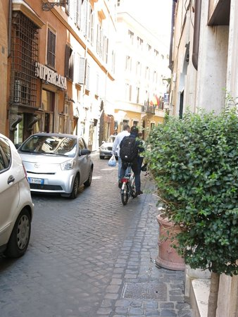 Campo Marzio Luxury Suites : View down the street from the hotel