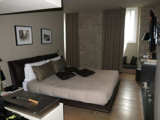 Campo Marzio Luxury Suites : Bed
