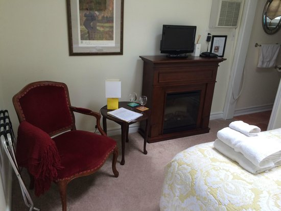 Mary Street Bed and Breakfast: Gardenia Suite