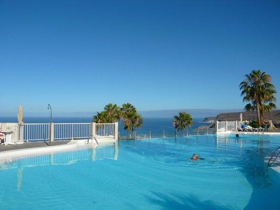 ClubHotel Riu Vistamar: The infinity Pool