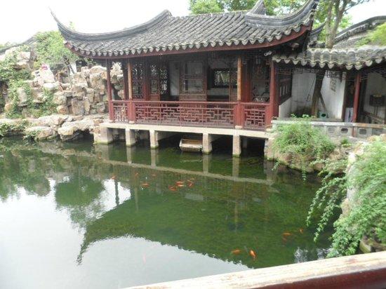 Klassische Gärten von Suzhou: Sit and relax