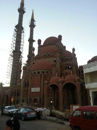 Na'ama Bay : Мечеть а ля Гауди