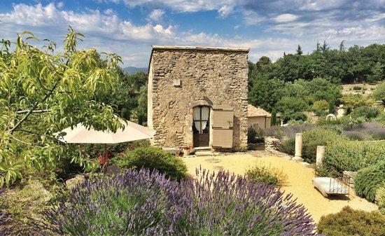 Au pied du luberon guest house reviews bonnieux france tripadvisor - Bonnieux office de tourisme ...