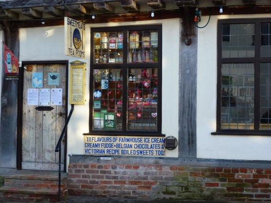 Sweetmeats Tea Rooms: Quaint!