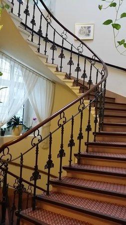 Hotel Austria: Staircase