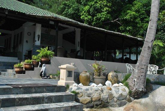 Minang Cove Resort : Restaurant and Bar